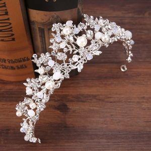 Bridal wedding pearl diamond crystal toara crown
